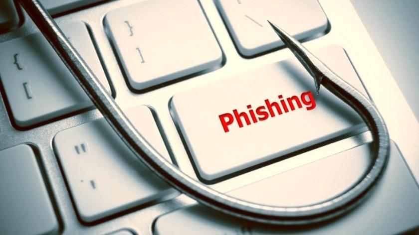 phishing-hook-on-computer